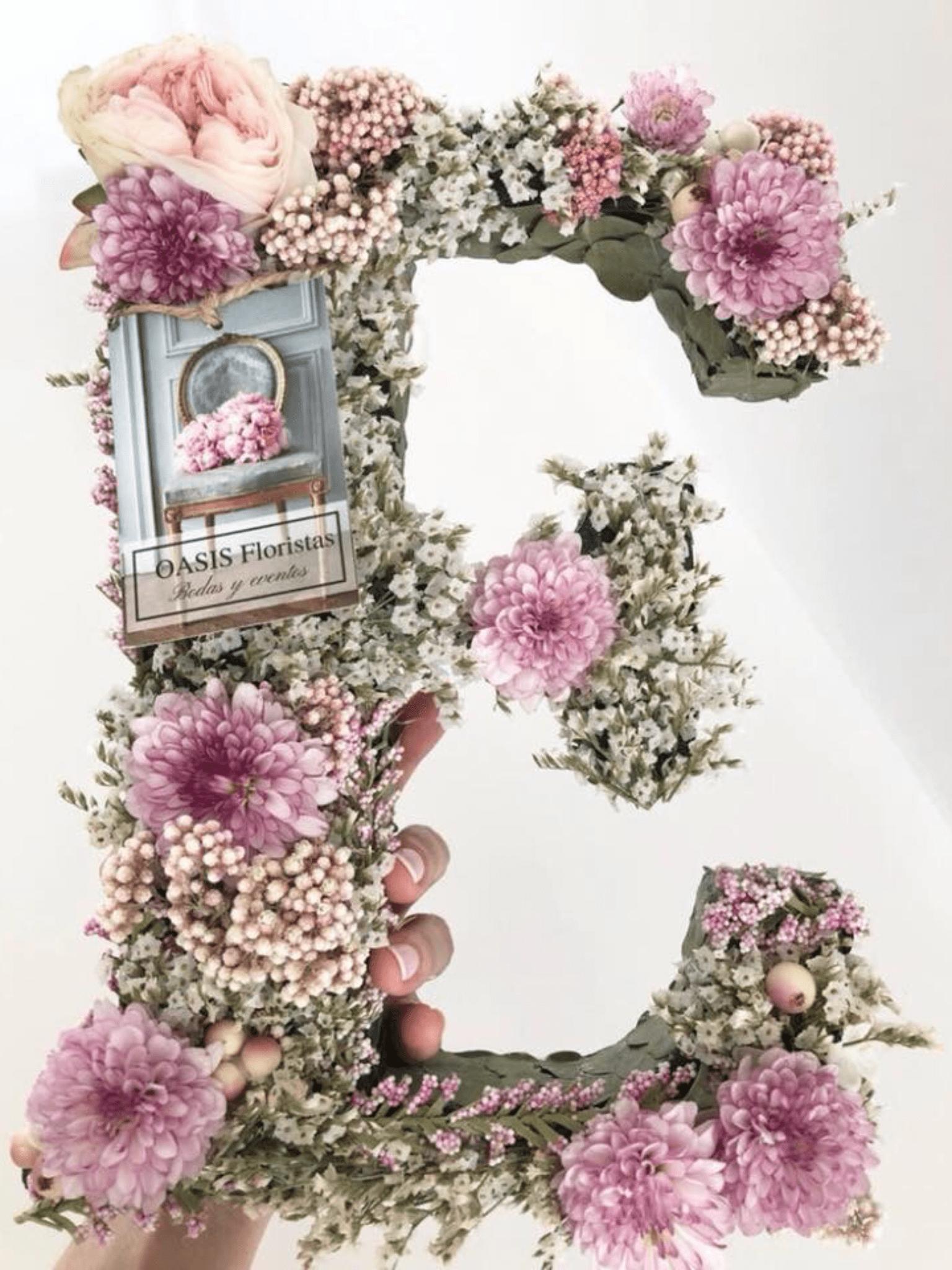 Letra de flor natural grande